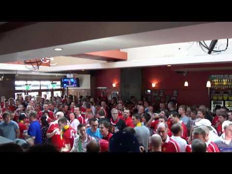 Manchester United Bishop Blaize Pub - Owen Hargreaves 9th April 11 United vs. Fulham