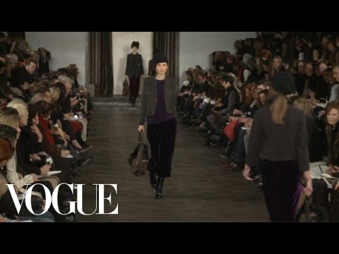 Ralph Lauren Ready to Wear Fall 2013 Vogue Fashion Week Runway Show