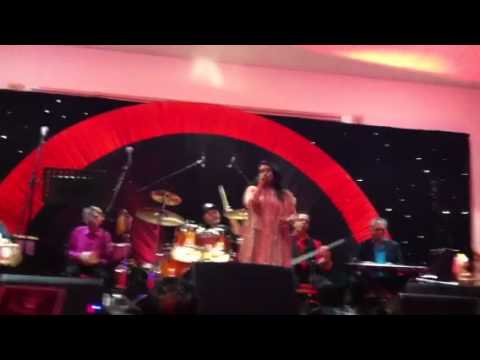 Shabbir Kumar Live - Mujhe Peene Ka Shauq With Priyanka Mit video