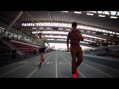 Richard Ayoade & Steve Jones on fitness tech - Gadget Man S04E01