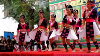 University of Hanoi Vietnam Hmong Students New year #2 Sib Tw Seev Cev
