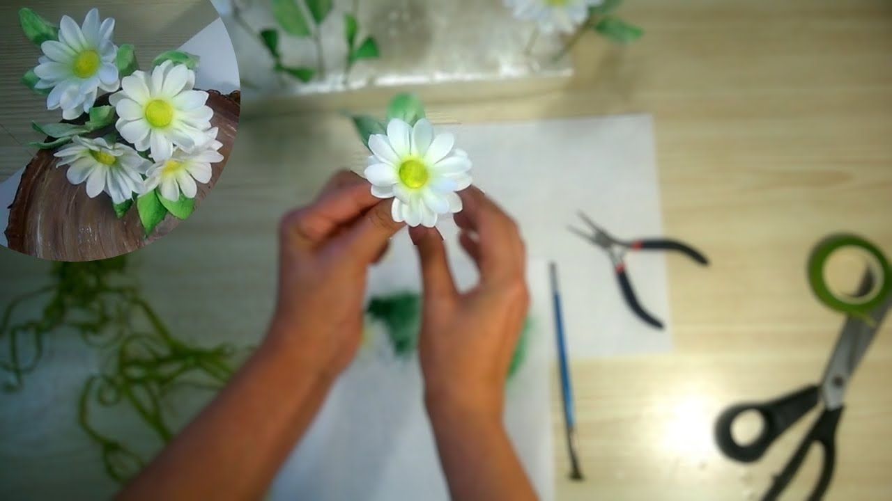 Как сделать ромашками из мастики 2