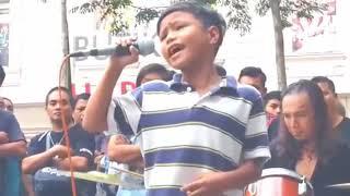 Dikira Cuma Iseng. Suara Anak SD Ini Tinggi Banget Bikin Penonton Enjoy Buat Merinding