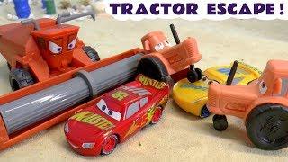 Cars 3 Lightning McQueen Tractor Escape race from Frank against Hot Wheels superheroes TT4U