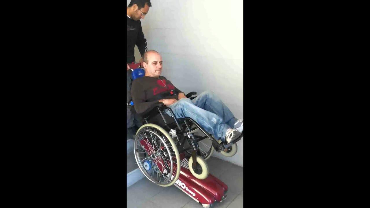 Scendiscale per disabili pompa depressione for Stannah montascale prezzi