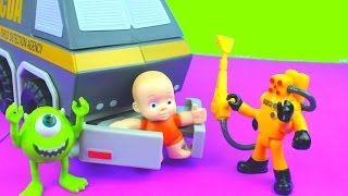 Imaginext Child Detection Agency Van picks up Toy Story Big Baby Monsters University