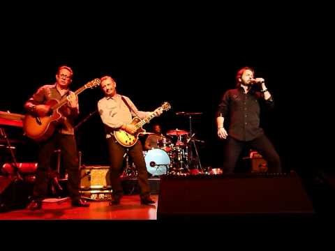 Alfie Boe-lolita,chitarra Romana,la Paloma-neapolitan & Elvis Medley At Guildford 31.05.12 Hd video