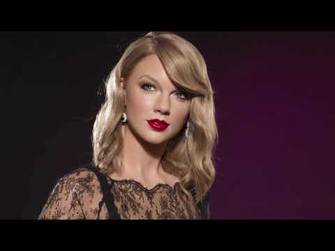 Hollywood Minute: Taylor Swift in wax