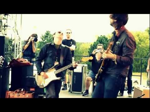 Joseph Arthur, Jeff Ament, Mike McCready&Matt Cameron - In The Sun live 9/4/11 PJ20