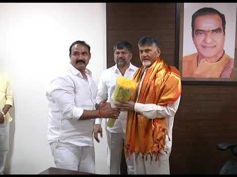 TELANGANA TDP LEADERS MET AP CM AT C M'S RESIDENCE ON 08112018