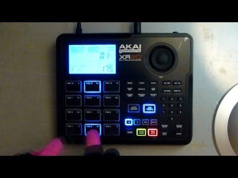 Akai XR20 #1 Moonlighting the RM1X Drum 'n' Bass Jam April 2013