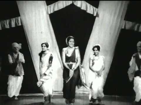 Me Bara Gavch Piun Aale Pani - Patalin - Asha Bhosle - Ranjana...