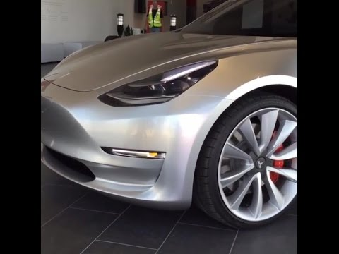 Tesla Model 3 (Gigafactory - Nevada)