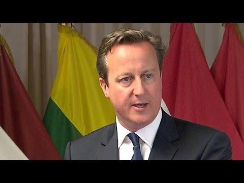 Cameron pede que Otan repense relação com Rússia