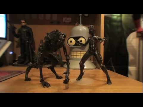 Turmoil In The Toybox - Mcfarlane Movie Maniacs Species 2 Figures video