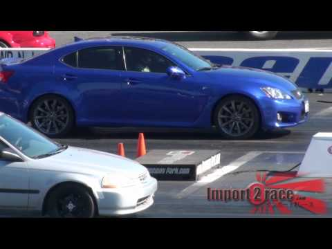 Lexus ISF vs Honda Civic