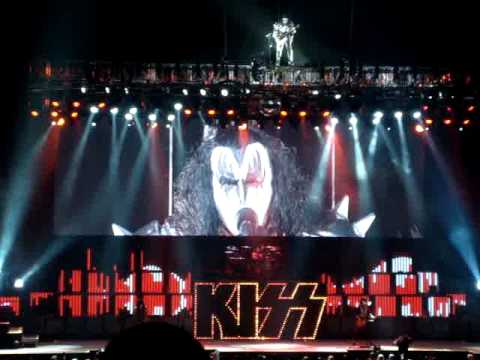 God of Thunder - Kiss - Kiss Alive 35 - 12/06/09
