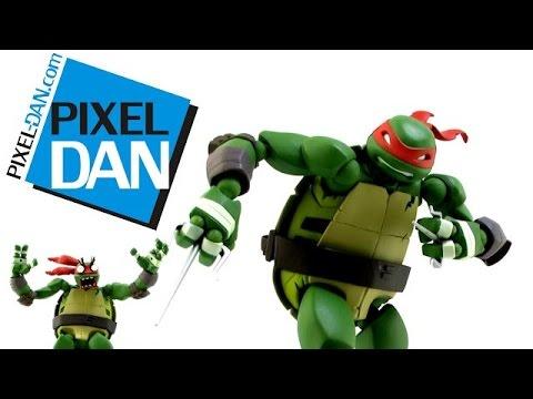 Revoltech Teenage Mutant Ninja Turtles Raphael Figure Video Review