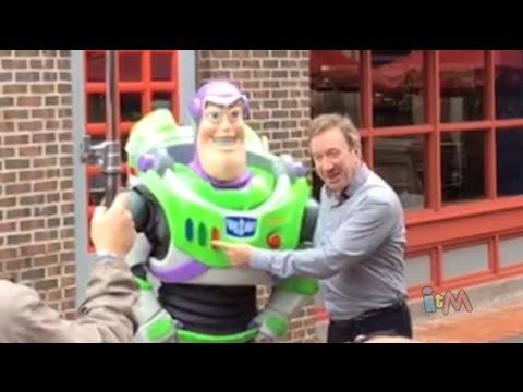 Buzz Lightyear voice Tim Allen meets Buzz Lightyear character at Walt Disney World