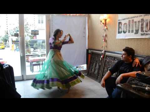 Bollywood dance - Nergis Bilgin - Badi MushkilDola Re