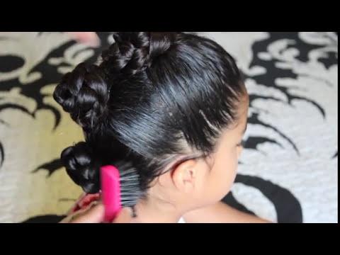 Peinado para niñas con cabello rizado