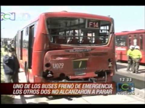 Accidente Transmilenio en la 127 | Sept. 5 2011