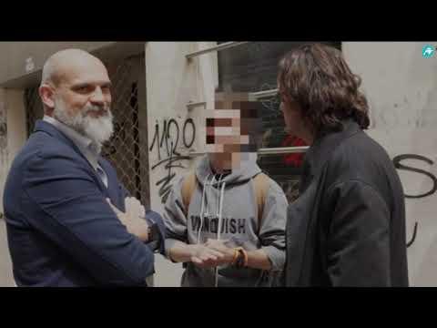 Cake Minuesa destapa la persecución que sufre VOX en Badajoz