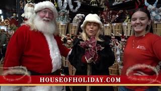 Rosie & Santa Share Big News at House of Holiday
