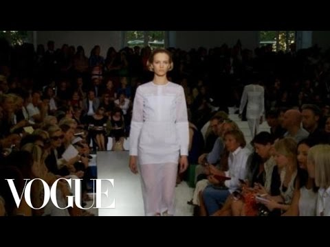 Fashion Show - Jil Sander: Spring 2012 Ready-to-Wear