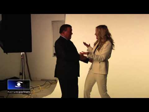 William Shatner and Kaley Cuoco Strike a Pose