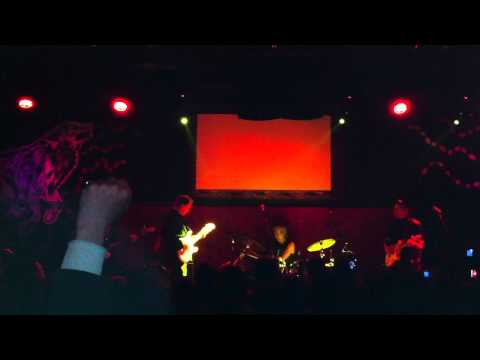 Television - Intro Instrumental / Prove It (7/7/2011) Live at Beco - São Paulo, Brazil