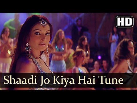 Shaadi Jo Kiya hai Tune   Barsaat (2005)   Bobby Deol   Bipasha Basu   Filmigaane   Udit Narayan