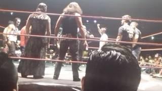 The Hardys vs Perros del Mal vs Mexicools en The Crash