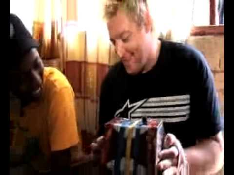 Gerhard Steyn & Zuluboy & Nkulee Dube - Happy Bubbly  (jam Sandwich) video