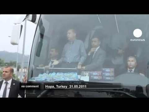 Tayyip Erdogan's election bus attacked - no comment