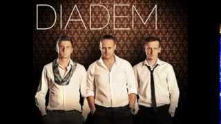 Diadem - Kochasz wariatki (2013)