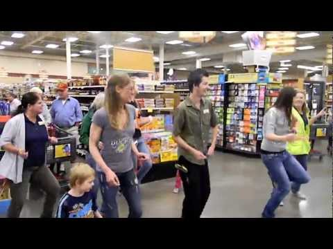 Fred Meyer Flashmob Tillamook, Or