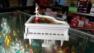 Download Lagu Piano Klasik Music Box - Classic Music Box - Souvenir Gratis STAFABAND