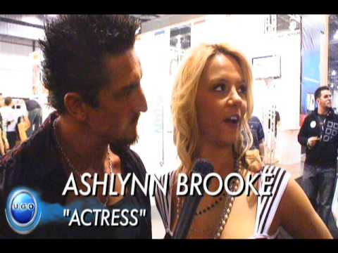 Avn 2009 - Ashlynn Brooke Interviews With Tommy Gunn video