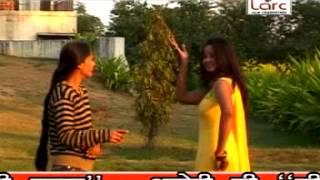 Bhojpuri Hot Song | Barah Baje Ratiya 1 Baje Chhatiya Dhak Dhak Dharke