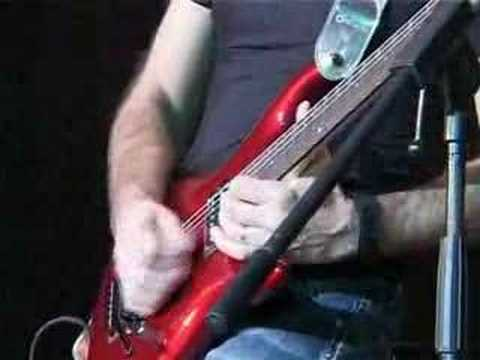 Joe Satriani - The Crush Of Love (Live 2004)