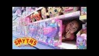 BEST HIDE AND SEEK SPOT In Smyths Toys Store   Toys AndMe