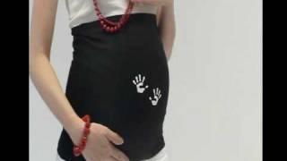 Buikband met witte babyhandjes (schattig)