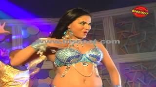 Silk Sakkath Hot - Hot Veena Malik Dance    Making of Kannada Movie Silk Sakkath Maga