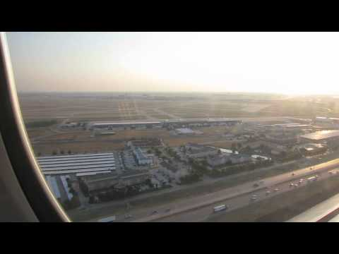 Landing in Dallas/Fort Worth International Airport