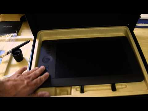 Wacom Intuos Pro Medium Unboxing