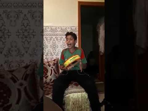 شاهد طفل مغربي...يغني الشعبي بصوت مذهل thumbnail