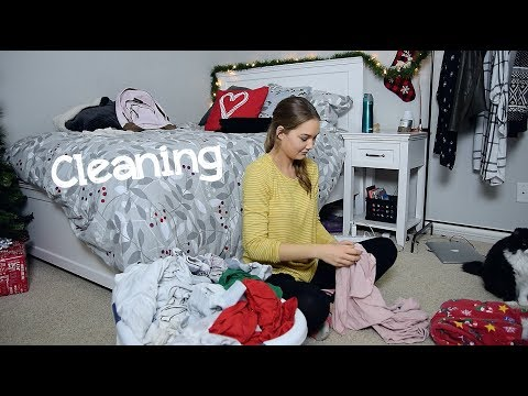 Cleaning My Room 2017 (Time Lapse)