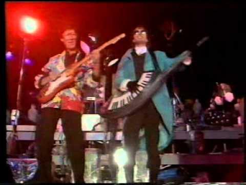 Jean Michel Jarre - Destination Docklands (Live in London 1988)