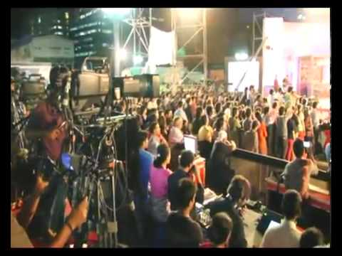 Sunny Leone Dancing At Shootout At Wadala Promotional Event By Fever 104 Fm (2) video